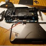HTC 7 Mozart gets its dose of disassembly just to replace its micro SD
