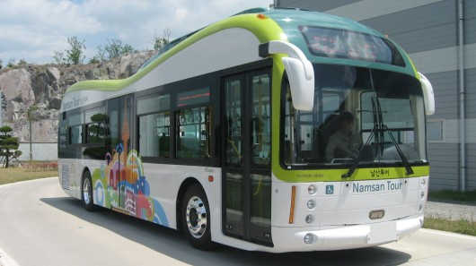 seoul-electric-bus-service-begins